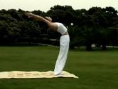 瑜伽初级教程七日瑜伽拜日式视频